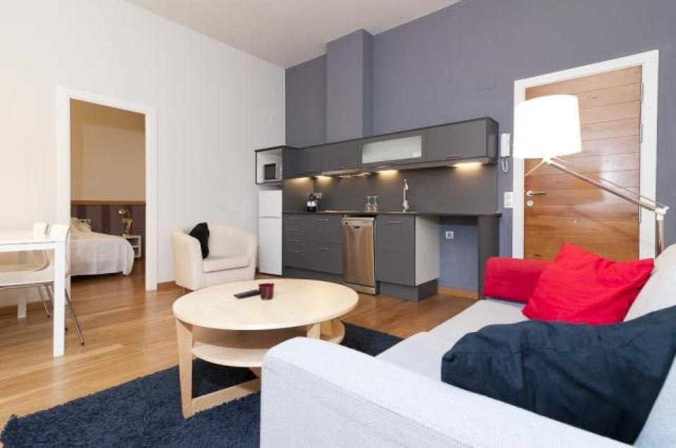 apartment with two separate bedrooms in the center of