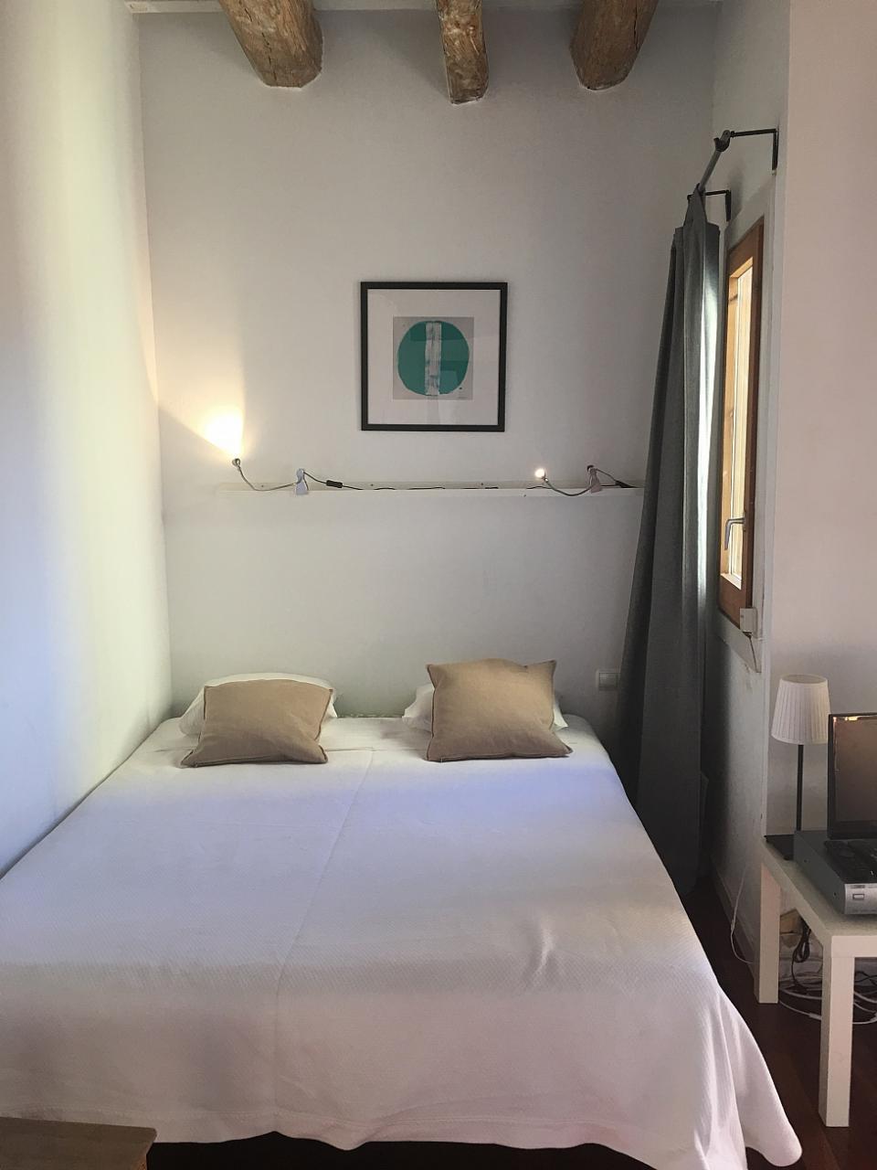Apartamento raval barcelona barcelona home - Apartamentos en barcelona booking ...