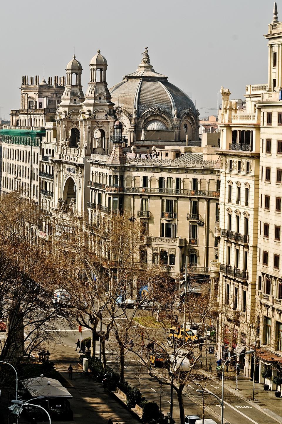 Piso alquiler paseo de gracia barcelona home Alojamiento barcelona