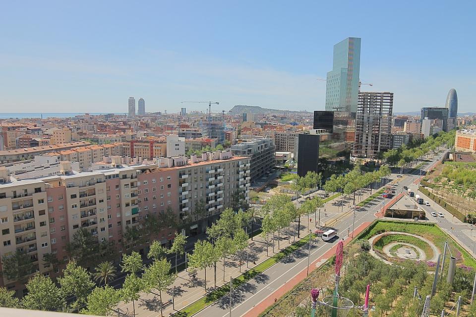Appartements dans un immeuble avec piscine barcelone - Location appartement piscine barcelone ...